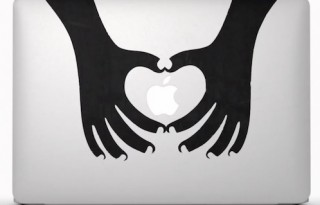 MacBook-Air-stickers-ad-001