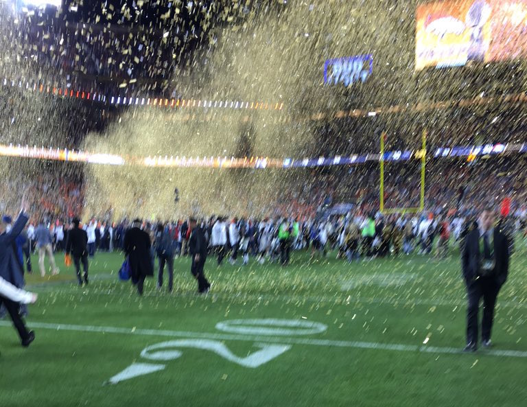 Tim-Cook-Super-Bowl-50-photo