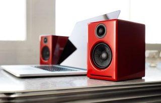 Audioengine_A2_red_lifestyle1_6b3884aa-117d-4d48-9de3-ab2ceddb5a55_grande